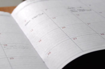 kalendarz miesięczny