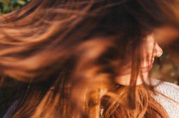 wypadanie włosów